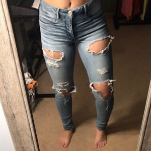 AE medium washed ripped high waisted jeans
